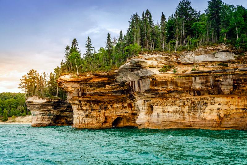 battleship formations at pictured rocks national park