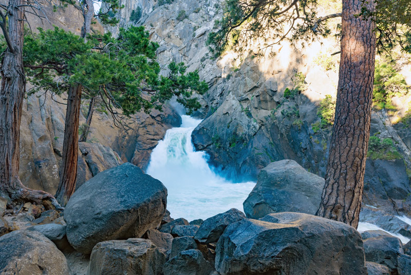roaring river falls in kings canyon national park california