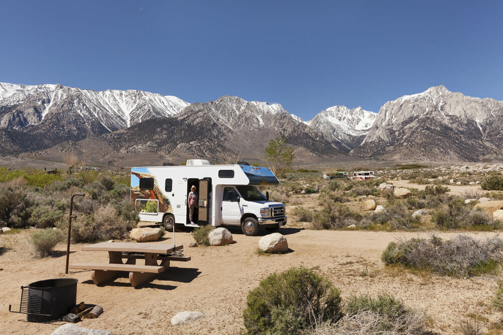 dry camping in the Alabama Hills in eastern California