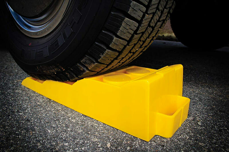 rv and camper leveler ramp