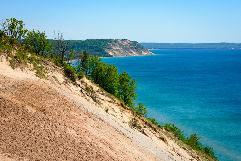 hiking along sleeping bear dunes national lakeshore owned by the park service