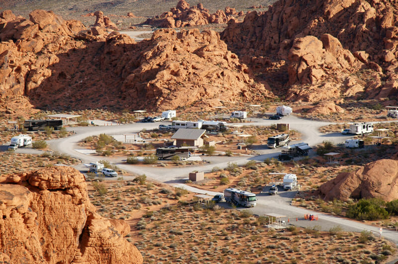 camping at the atlatl campground in the valley of fire state park
