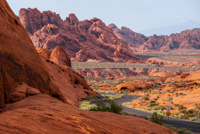 driving through the valley of fire state park
