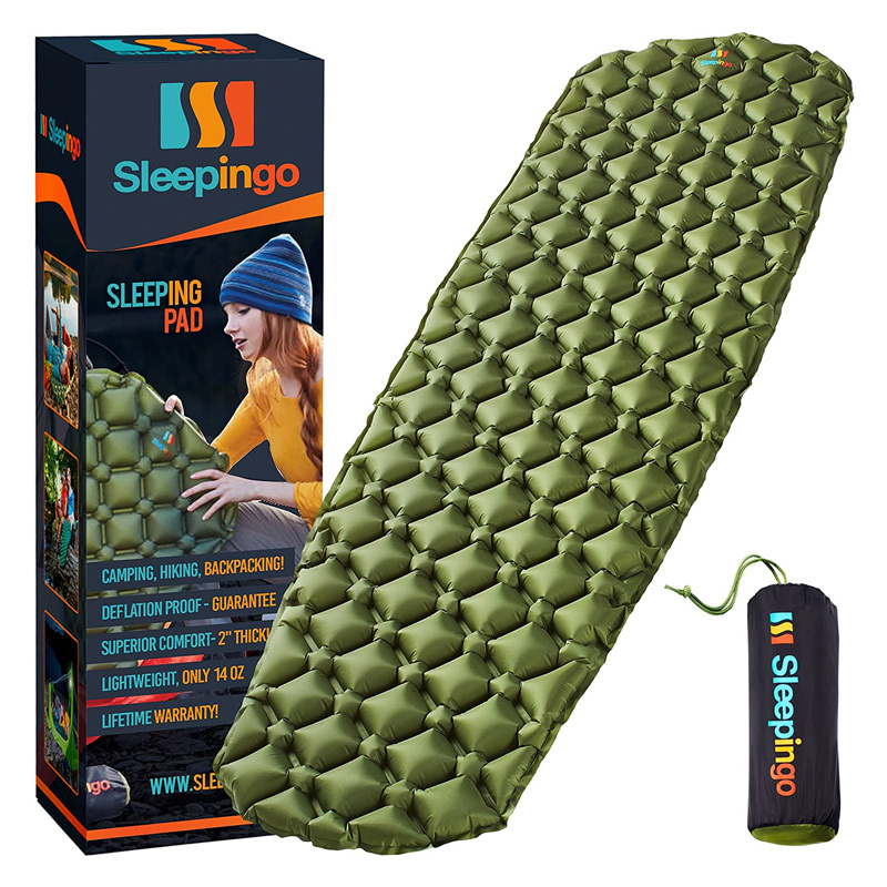 staying warm when winter camping with a hammock sleeping pad