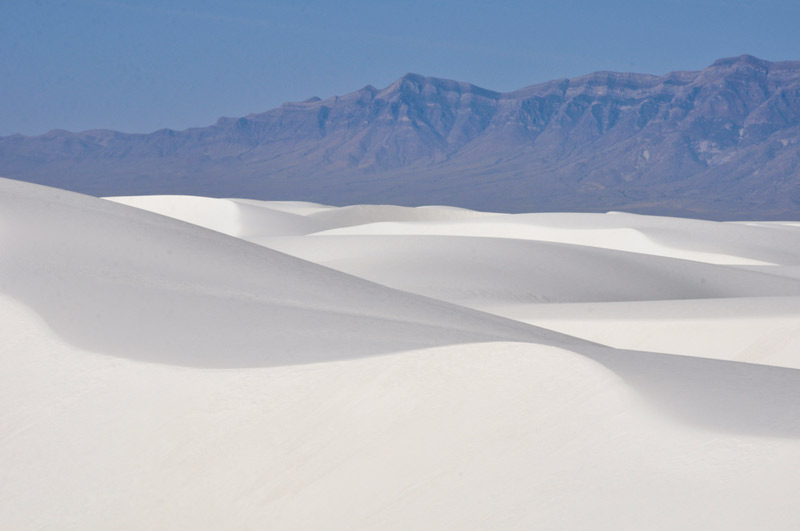 white sand dunes national park in new mexico