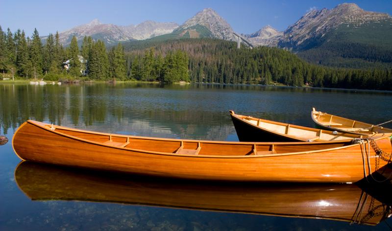 wooden canoe design