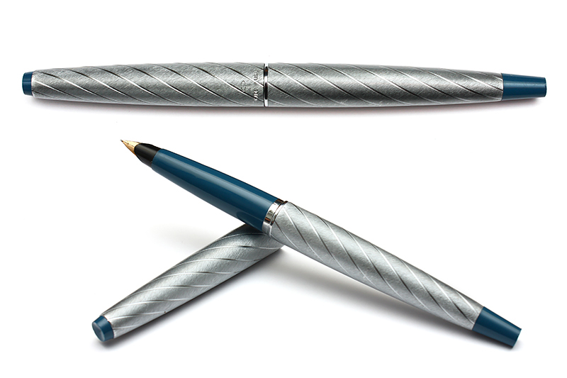 Parker 45 Lady Pen Silver Brocade