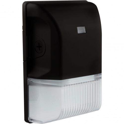 satco 20 watt black led small wall pack with photocell 5000k 2761 lumens
