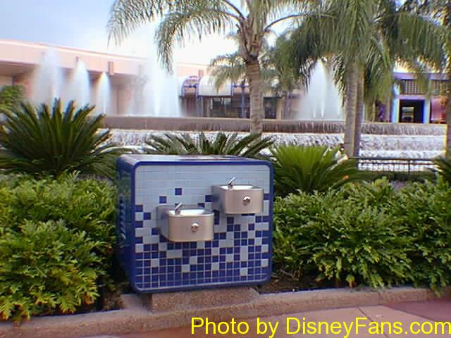 Talking water fountains of Epcot in 1996