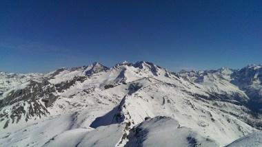 Blick Richtung Zillertaler Alpen - Fußstein, Schrammacher, Kraxentrager & Co