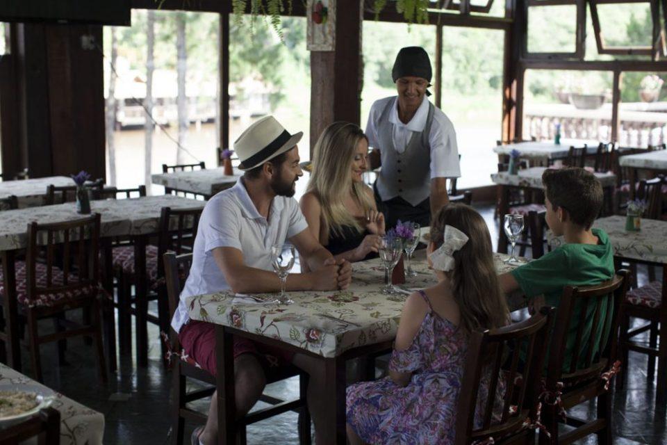hotel-fazenda-restaurante