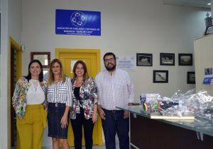 La alcaldesa y la diputada provincial visitan Párkinson Bahía de Cádiz