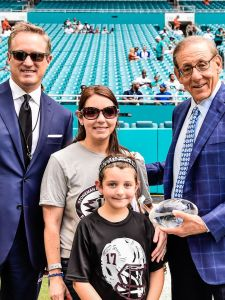 Miami Dolphins Honor Parkland Coach Aaron Feis During Season Opener