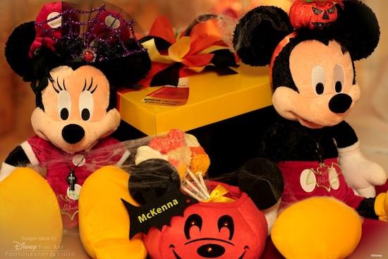 Mickeys' 'Spooktacular' In-Room Celebration Returns to the Walt Disney World Resort