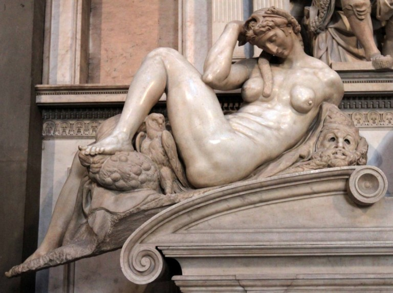 Michelangelo Buonarroti, Notte, 1526-1531. Marble, 155 x 150 cm, maximum length 194 cm diagonally. Museo delle Cappelle Medicee, Florence. Anyone recognizes the posture of the head?