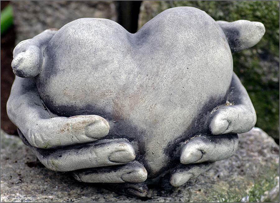 Cehennem taş kalp