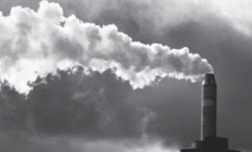 Nuova trovata del governo: gli inceneritori travestiti da rinnovabili