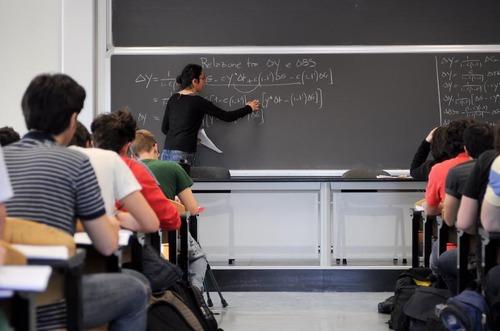 Ddl Istruzione: su assunzione docenti chiesta assegnazione a commissione lavoro