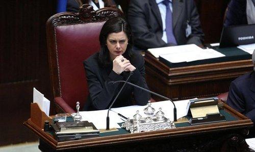 In Italia funziona benissimo: è il poltronificio Parlamento