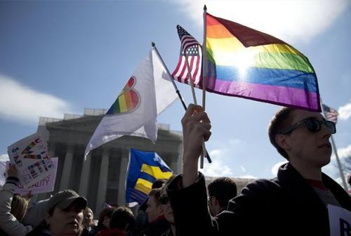 Nozze gay: negli USA ora sono realtà, il Pd si dia una mossa