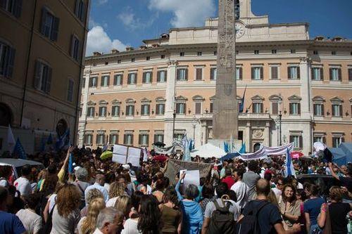 Ddl Istruzione: domani pomeriggio saremo in piazza Montecitorio insieme ai manifestanti