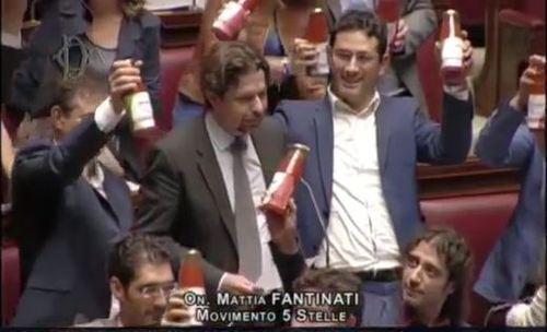 """Concorrenza, M5S:""""Made in Italy dato in pasto ai falsari"""""""
