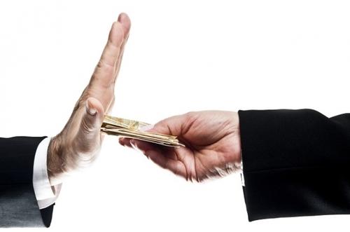 Whistleblowing: una buona legge contro la corruzione? Il PD la distrugge