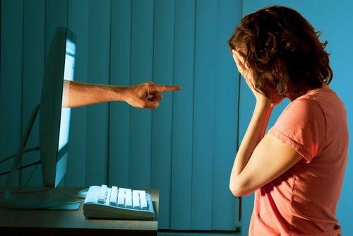 Cyberbullismo: una buona legge rovinata dal governo