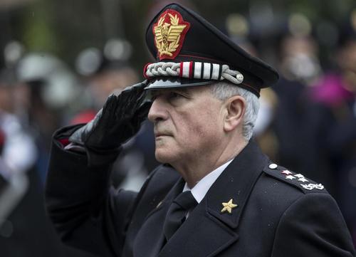 Appalti Consip: indagato per 'soffiate' su inchiesta, Comandante dell'Arma va sospeso