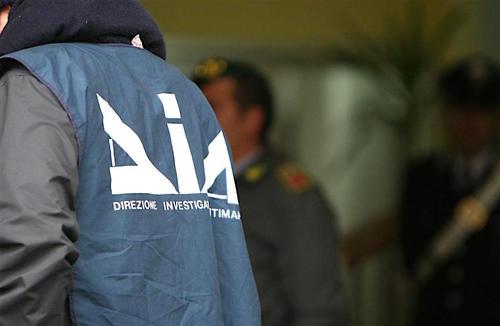 Mafia e corruzione: la responsabilità è anche di questa classe politica!