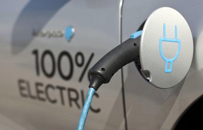 Trasporti: Investimenti verdi e mobilità elettrica basi per avviare processo transizione
