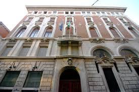 Borsa italiana: Governo sia prudente. In gioco debito pubblico, Difesa e Telecomunicazioni