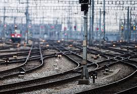 Ferrovie: Performance migliora ma serve più qualità e puntualità