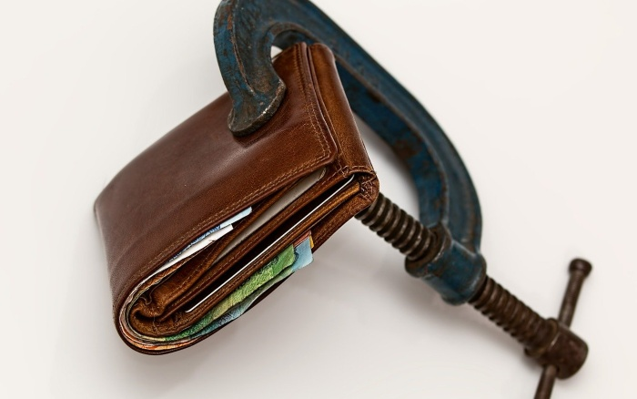 8 Ways to Get out of Debt (Fast!)