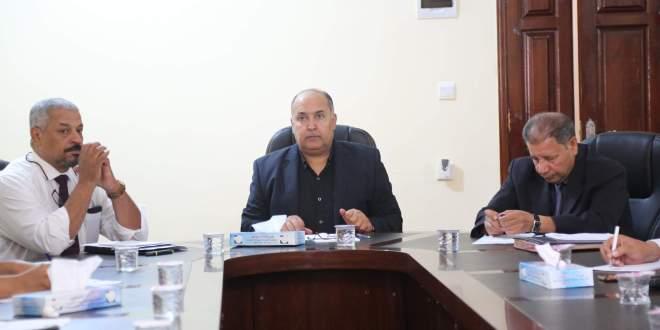 معالي رئيس ديوان مجلس النواب يجتمع بمدراء الإدارات والمكاتب بديوان مجلس النواب
