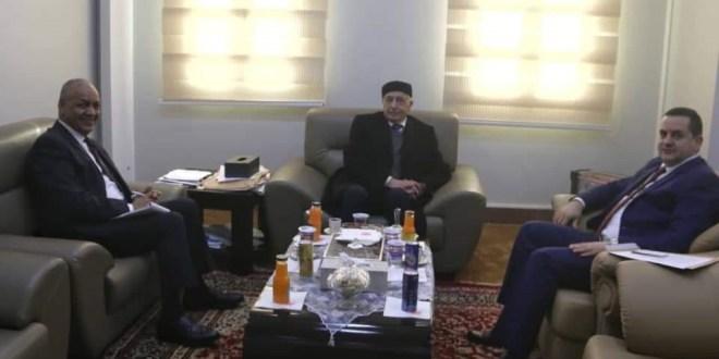 رئيس مجلس النواب يبحث مع عضو البرلمان المصري مصطفى بكري سبل توحيد المواقف تجاه التحديات التي تواجهها المنطقة