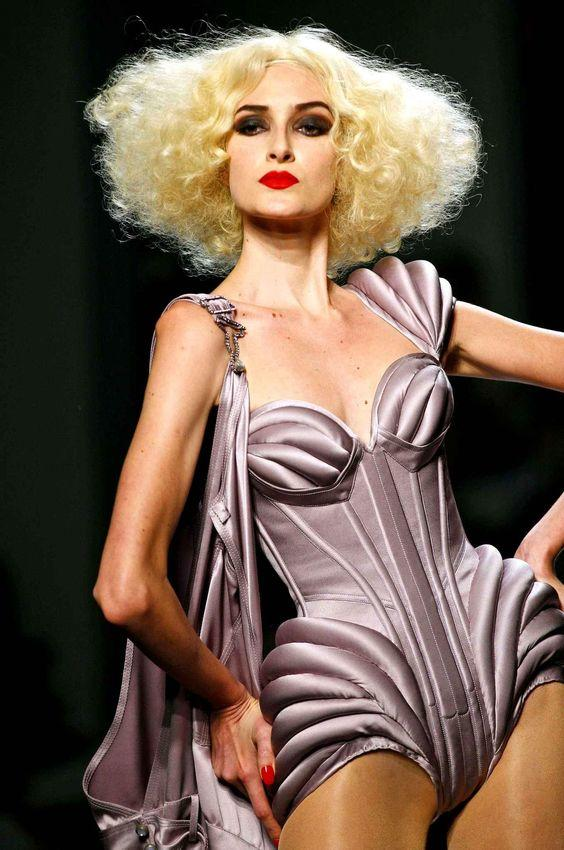 Quand Jean Paul Gaultier fait ses adieux à SA mode