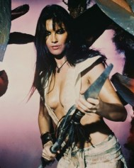 caroline-munro-at-the-earths-core
