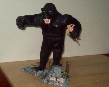 Aurora King Kong Model Kit pic 1