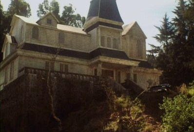 salems lot - pic 2