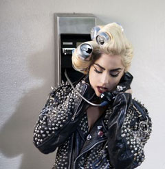 lady-gaga-coke-can-rollers-studded-leather-jacket-telephone-240sc031010