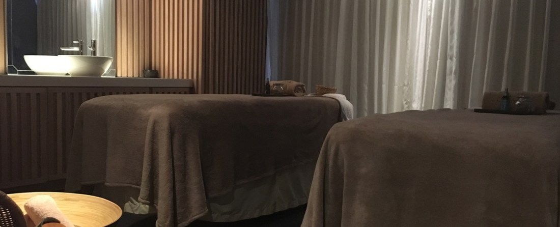 A couples/double treatment room at the L'Occitane Spa