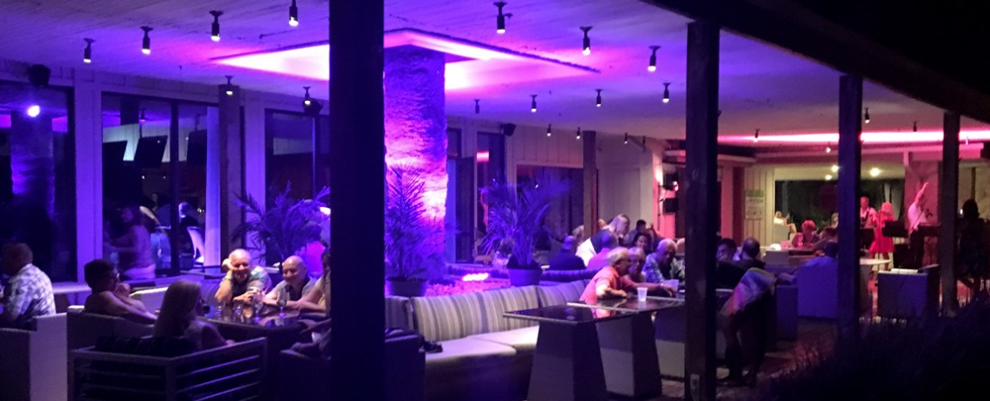 The Slice Bar & Lounge by night...