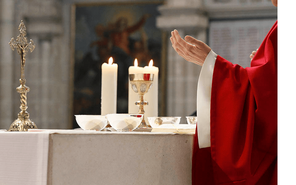 Célébrer une messe pour un défunt ?