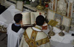 Communion Messe - dispatch