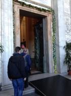 4-porte sainte st jean de latran arrivee