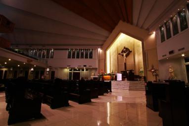 Side View - Altar (Arvito Nara - Bernadette 5) — with Arvito Nara.