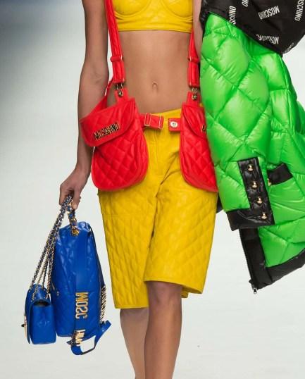 Tendance sac à main de l'automne hiver 2015-16: Le sac matelassé avec chaînette COULEUR VITAMINÉ