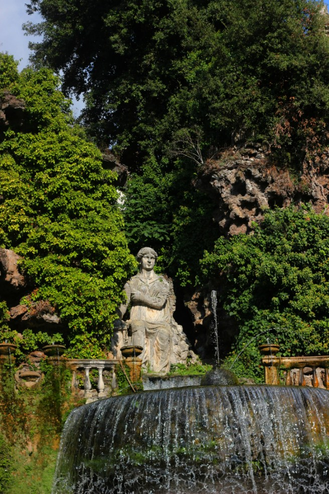 Fontana dell'Ovato, villa d'Este Tivoli