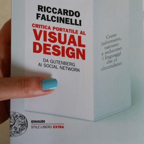 critica-portatile-visual-design-recensione-libro-Riccardo-Falcinelli